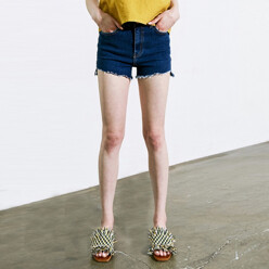 [17 신상_15%SALE]Micro Denim Short (Dark Denim)