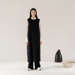 Double-pleated Dress(Black)