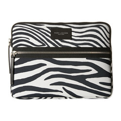 Marc Jacobs Zebra Printed Biker Tech 13 Computer Case 할인가 143,000원