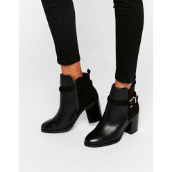 Miss KG Swift Buckle Strap Heeled Ankle Boots 할인가 191,500원