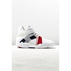 Cage 17 Sneaker