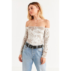 Uo Off-The-Shoulder Velvet Top
